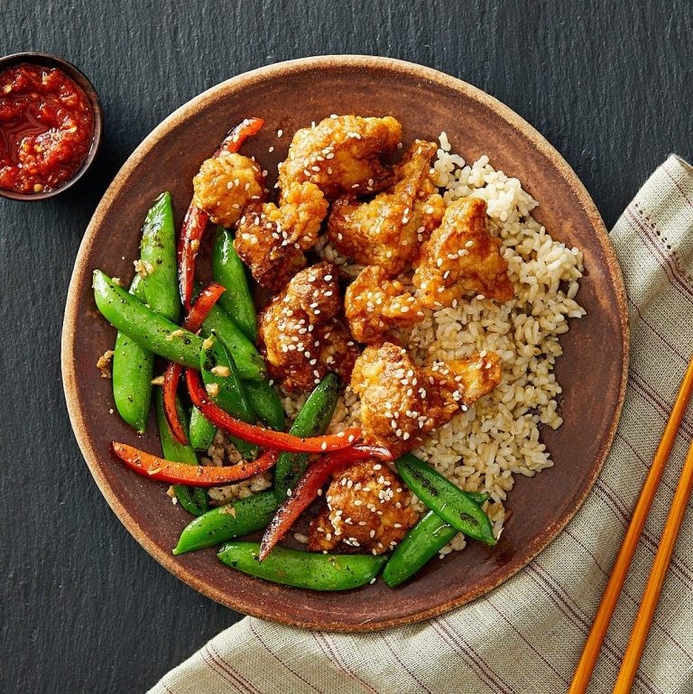 General Tso's Crispy Baked Cauliflower with Asian Stir-Fry Vegetables & Brown Rice