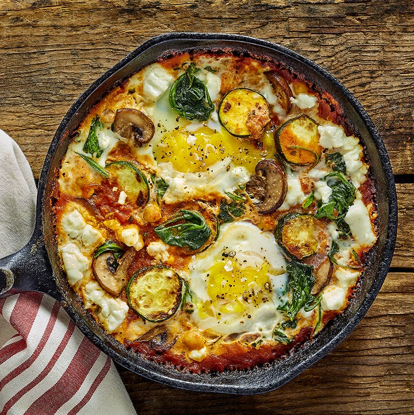 Mushroom, Zucchini and Feta in Spiced Shakshuka with Naan